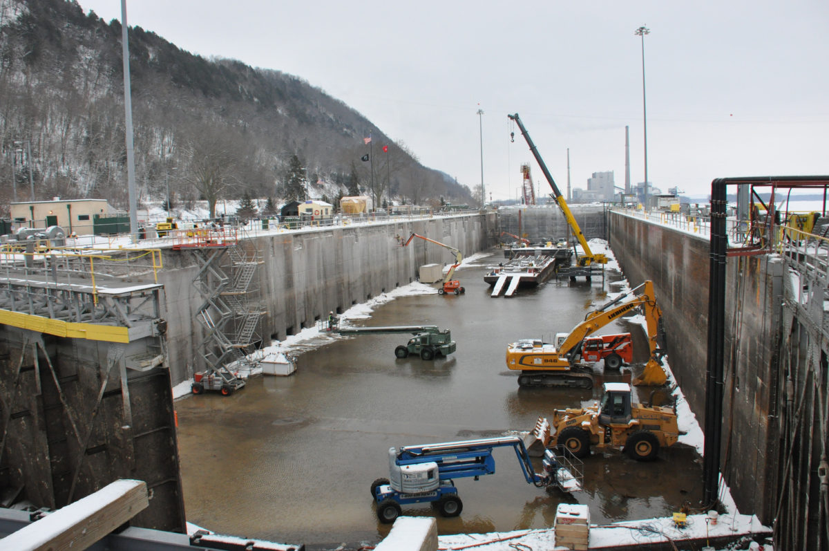 U.S. Army Corps of Engineers work on Lock and Dam 8 in Wisconsin